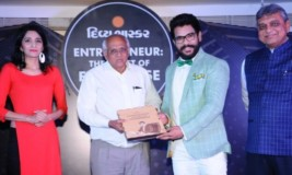 "Mr. Mehul Panchal in Divya Bhaskar's newly launched book ""Entrepreneur: The Artist of Enterprise"""